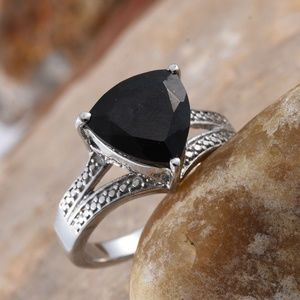 Jewelry - NEW Australian Black Tourmaline Ring Size 6